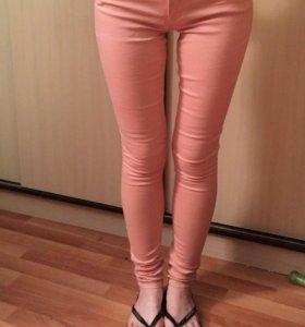 Новые джинсы Moschino