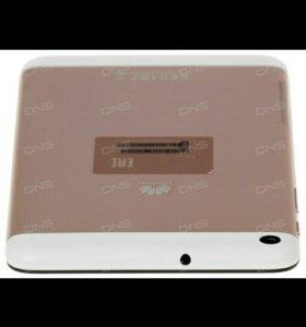Планшет новый 8гб,3G Золотистый очень красивый
