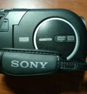 Видеокамерa Sony Handyman + 3 DVD  диска
