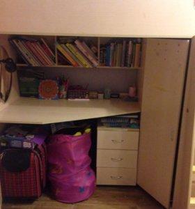 Кровать +стол+шкаф+тумба