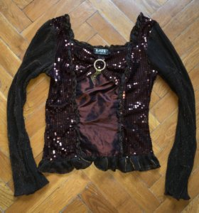 Блузы праздничные
