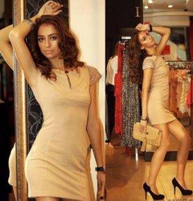 Шикарное платье новое 44-46