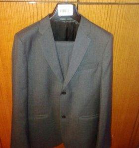 Школьный костюм. 164 рост