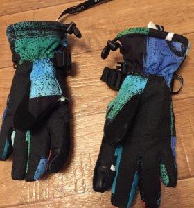 Перчатки Qweksilver