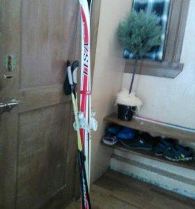 Детские лыжи + палки