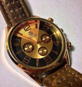 Часы CARRERA.