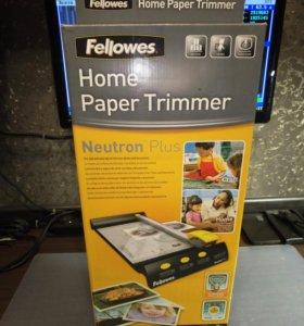 Резак для фотобумаги Fellowes