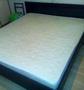 Срочно продается Кровать двуспальная