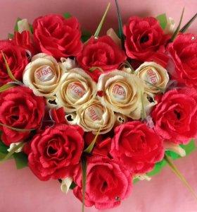 """Валентинка из роз и конфет""""Признание"""""""