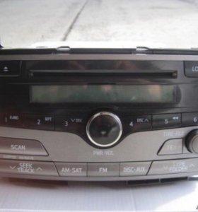 Штатное головное устройство Toyota Venza