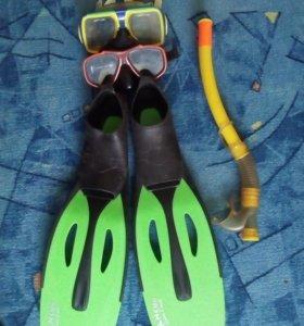 Ласты и очки для подводного плавания