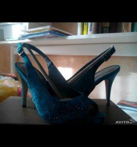 Обувь для девушек от Menbur