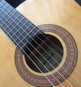 Продам новую гитару  HOHNER HC06