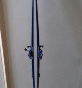 Лыжи пластиковые 180 см