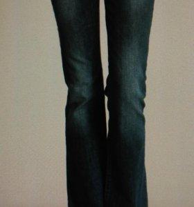 Новые джинсы LC WAIKIKI