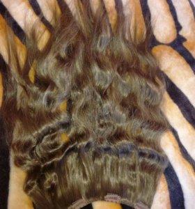 Волосы на заколках (одна затылочная прядь)