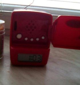 Радио-часы холодильник с будильником