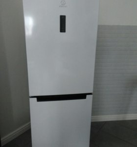 Холодильник  indesit 5160w