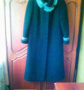 Теплое пальто. Размер 50.