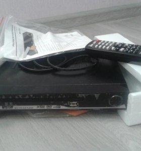 DVD-плеер Mystery MDV-727U