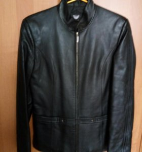 Кожаная куртка осенне-весенняя новая
