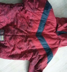 Куртка весна на мальчика р.110 см