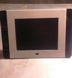 Продам электронную фото рамку рабочий.