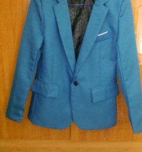 Пиджак мужской новый (лёгкий)