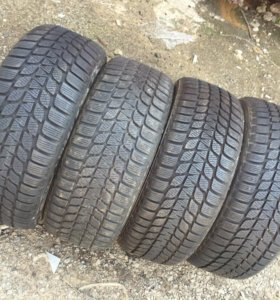 Комплект скатов б/у R18 26.60 Bridgeston Z SUV