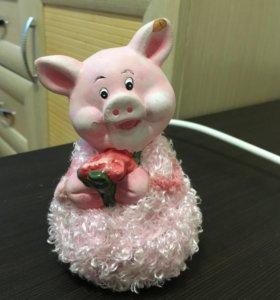 Свинка статуэтка