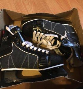 Хоккейные коньки Larsen 39P