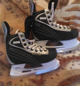Коньки хоккейные 34 размера