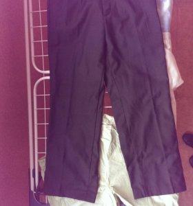 Новые школьные брюки для мальчика