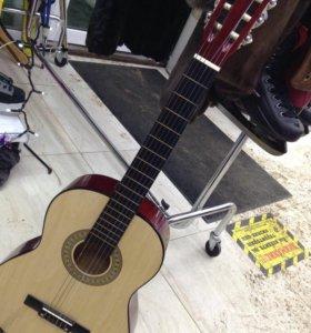 Гитара новая Rock Dale