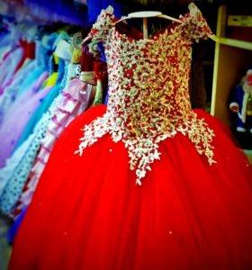 Новые платья от 110 до 128 см