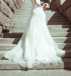 Очаровательное свадебное платье р-р 42-44