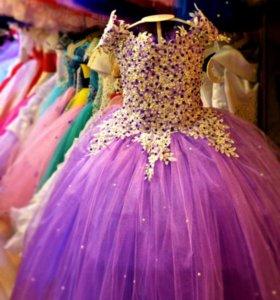 Новые платья от 110 до 116 см
