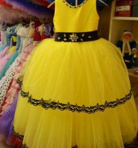 Новое платье 110-116 см