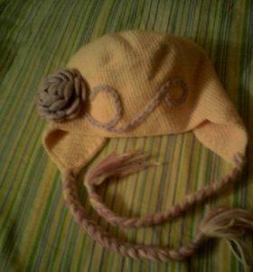 Шапочка для девочки вязаная с косичками