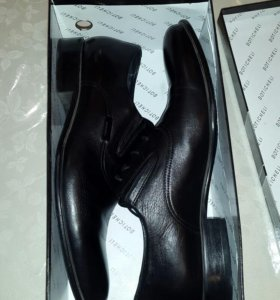 Черная обувь 43 размера