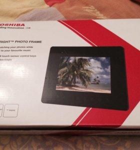 Новая цифровая фоторамка Toshiba