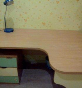 Стол письменный.САМОВЫВОЗ