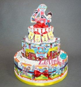 Торт из киндеров, соков, Барни и шоколадок