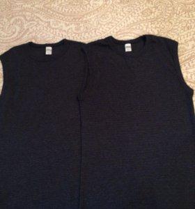 Две мужские футболки