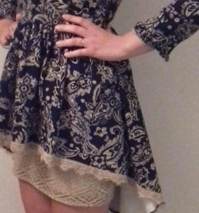 Купила за 5400  нет повода одеть.размер (м)