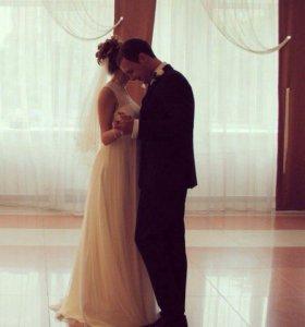 Свадебное платье с фатой , размер 40-42-44