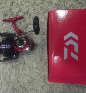 Катушка Daiwa Revros 3000G и 4000G