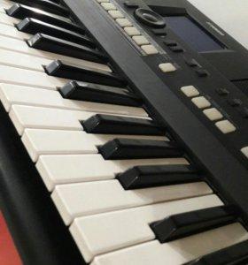 Синтезатор Yamaha PSR-650