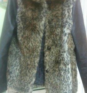 Куртка с мехом стильная