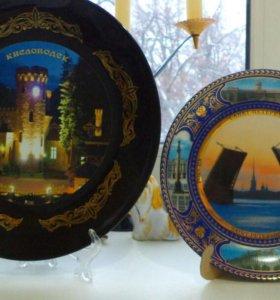 Декоративная фарфоровая тарелка на стену